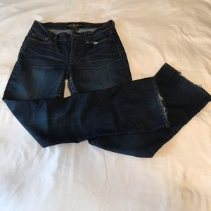 Lucky jeans boot cut medium to dark wash size 6/28